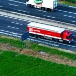 Divieto camion in autostrada: calendario 2013
